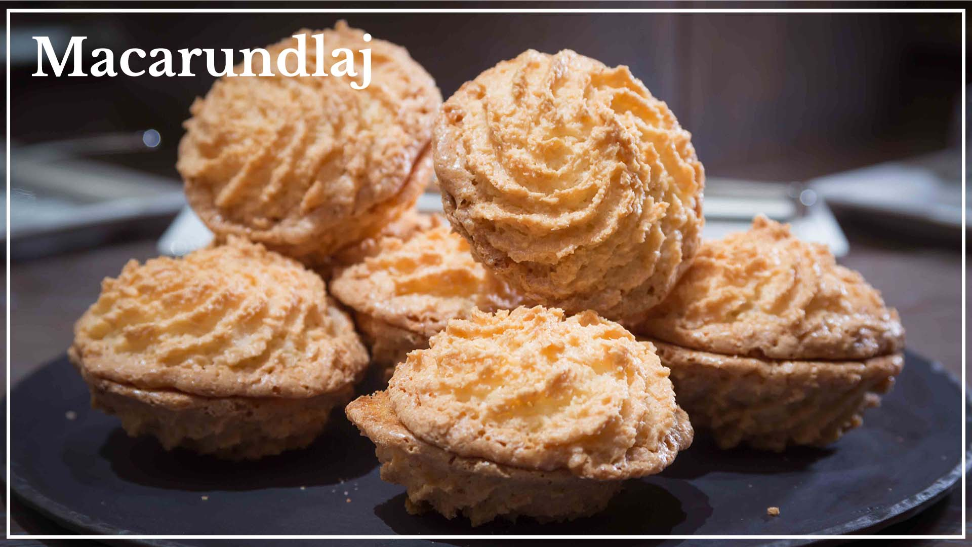 Macarundlaj based on almonds and peanuts